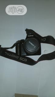 Canon 1100d Neatly Used Camera for Sale (Price Slashed) | Photo & Video Cameras for sale in Lagos State, Lagos Island