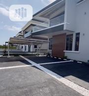 Spacious And Modern 4 Bedroom Detached House With A Swimming Pool. | Houses & Apartments For Sale for sale in Lagos State, Lekki Phase 1