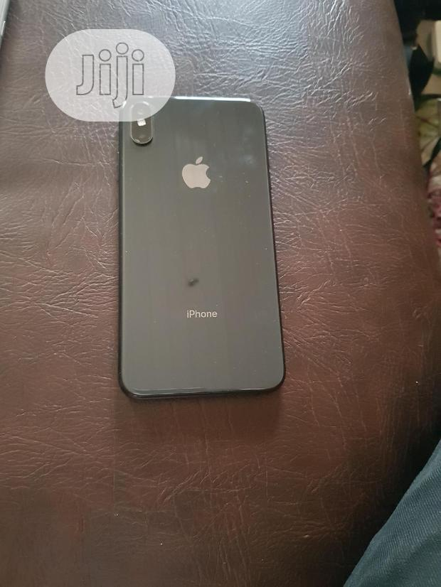 Archive: Apple iPhone XS Max 64 GB Gray