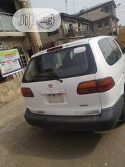 Toyota Sienna 1999 White | Cars for sale in Lagos State, Mushin