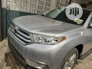 Toyota Highlander 2013 Plus 3.5L 4WD Silver | Cars for sale in Lagos State, Surulere