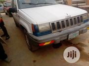 Jeep Cherokee 2000 White | Cars for sale in Lagos State, Agege