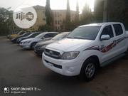 Toyota Hilux 2.5 D-4D 4x4 SRX 2010 White | Cars for sale in Abuja (FCT) State, Durumi