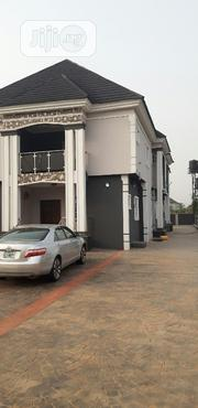 Modern, Standard 3 Bedroom Flat In Country Home Sapele Road For Rent | Houses & Apartments For Rent for sale in Edo State, Ikpoba-Okha