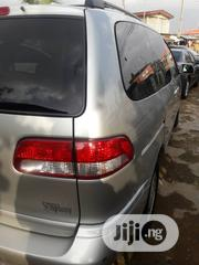 Toyota Sienna 2002 Silver | Cars for sale in Lagos State, Mushin