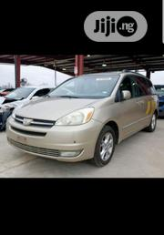 Toyota Sienna 2004 LE FWD (3.3L V6 5A) Gold | Cars for sale in Lagos State, Ikeja