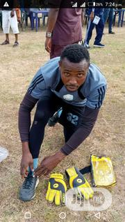 Goalkepper Glove Tenth   Sports Equipment for sale in Rivers State, Emohua