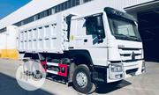 Brand New 2019 30tons Howo Tipper Truck | Trucks & Trailers for sale in Lagos State, Maryland