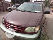 Toyota Sienna 2001 Brown | Cars for sale in Lagos State, Ojodu