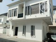 Distress 4bedroom Fully Detached House for Sale in Ikota Villa Estate | Houses & Apartments For Sale for sale in Lagos State, Lekki Phase 2