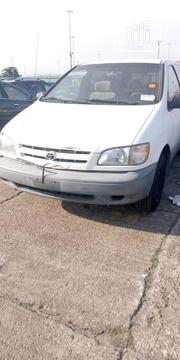 Toyota Sienna 1998 White   Cars for sale in Lagos State, Alimosho