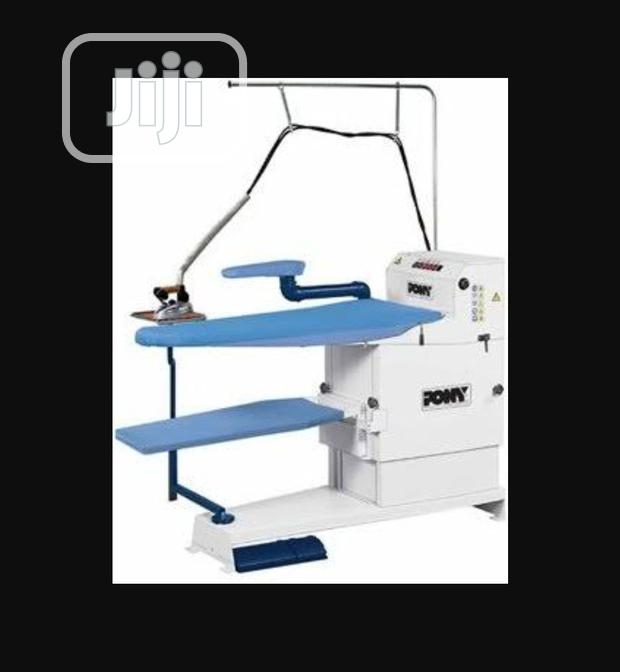 Pony Genus /Silver Utility Blower Finishing Table With Self Boiler