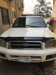 Nissan Pathfinder 2000 Automatic White   Cars for sale in Lagos State, Ikotun/Igando