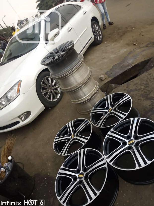Upgrade Your Car Alloy Wheels