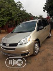 Toyota Sienna 2005 LE AWD Gold   Cars for sale in Delta State, Oshimili South