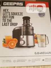 Geepas 800W Juice Extractor / Juicer   Kitchen Appliances for sale in Lagos State, Lagos Mainland