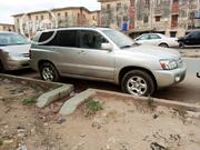 Toyota Highlander 2005 V6 4x4 Silver | Cars for sale in Lagos State, Isolo