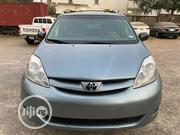 Toyota Sienna LE 4WD 2007 Blue | Cars for sale in Abuja (FCT) State, Wuse 2