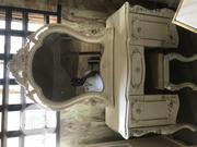Classic Beautiful Royal Console Mirror | Home Accessories for sale in Lagos State, Ojo