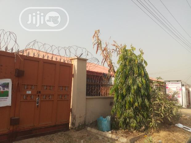 Archive: Good For Business/Residential: 2bedroom Bungalow On Trademor Main Road
