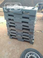 Very Thick And Neat Heavy Duty Ash Pallets | Building Materials for sale in Lagos State, Agege