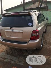 Toyota Highlander 2005 Gold | Cars for sale in Lagos State, Ojodu