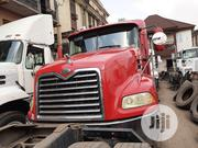 Mack Trailer Head 2003 Vision Red | Trucks & Trailers for sale in Lagos State, Apapa