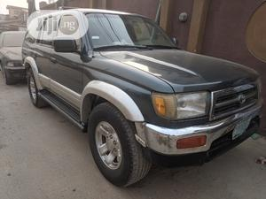 Toyota 4-Runner 1999 Green