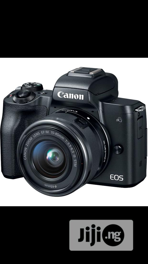 Canon Eos M50 With 15- 45mm