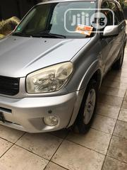 Toyota RAV4 2004 2.0 4x4 Silver | Cars for sale in Lagos State, Ikeja