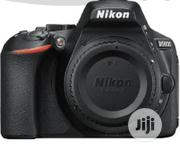 Nikon D5600 DSLR Camera With 18-55mm VR Lens - Black | Photo & Video Cameras for sale in Abuja (FCT) State, Gwagwalada
