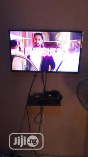 LG 32 Inches For Sale   TV & DVD Equipment for sale in Edo State, Uhunmwonde