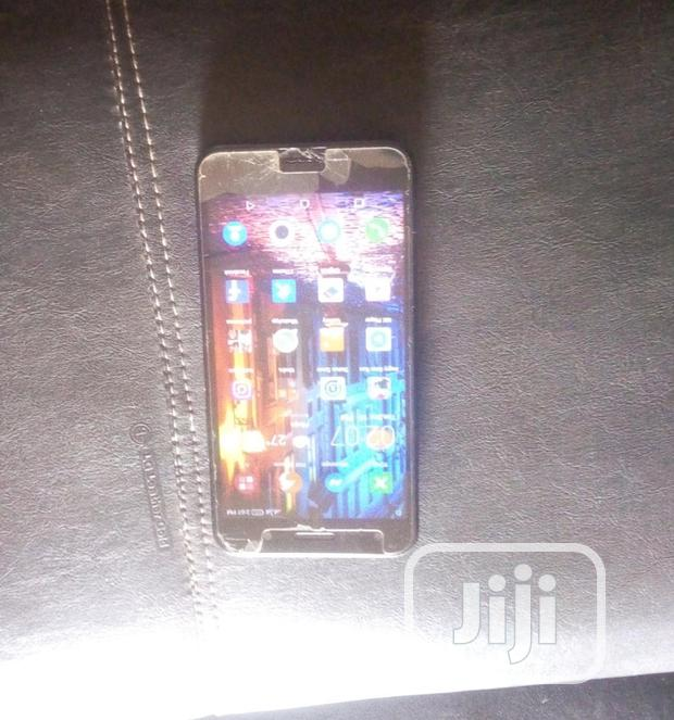 Archive: Infinix Hot 5 Lite 16 GB Black