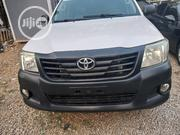 Toyota Hilux 2013 WORKMATE 4x4 White | Cars for sale in Abuja (FCT) State, Central Business District