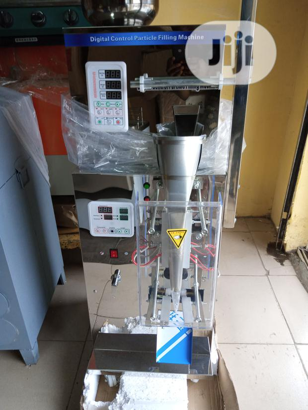 Powder Filling And Packaging Machine