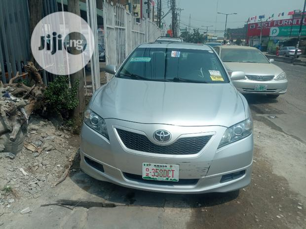 Archive: Toyota Camry 2008 2.4 SE Silver