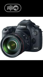 Canon EOS 5D Mark III DSLR Camera With 24-105mm Lens | Photo & Video Cameras for sale in Lagos State, Ikeja