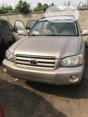 Toyota Highlander 2004 Limited V6 4x4 Gold | Cars for sale in Lagos State, Amuwo-Odofin