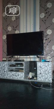 """L G 43"""" Tv 