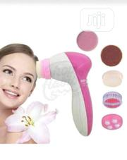 Hair Straightener To Wash Face And Remove Makeup | Tools & Accessories for sale in Lagos State, Alimosho