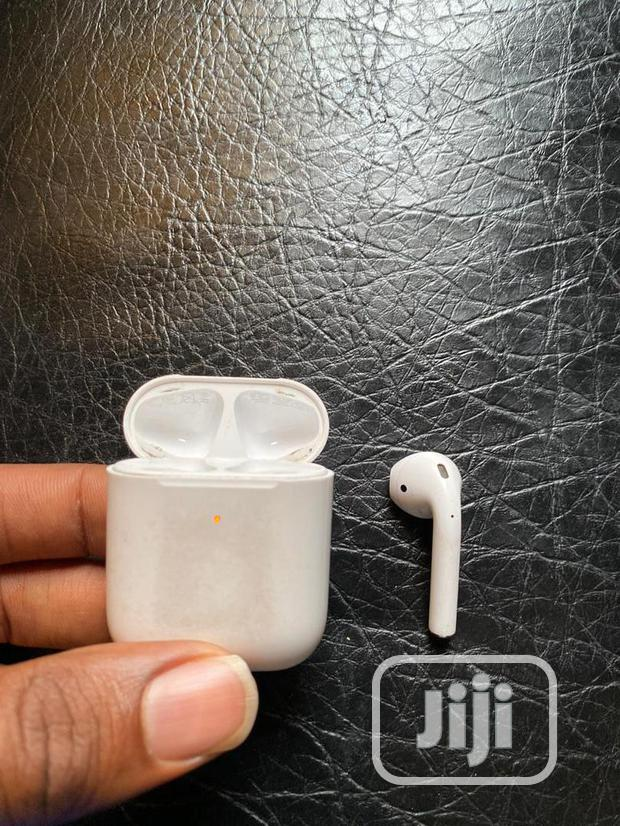 Archive: Apple Airpod 2