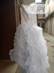 Size 8 White and Cream Coloured Wedding Dress | Wedding Wear for sale in Lagos State, Shomolu
