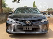Toyota Camry 2018 XLE FWD (2.5L 4cyl 8AM) Black | Cars for sale in Abuja (FCT) State, Central Business District