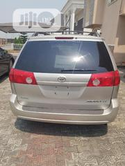 Toyota Sienna 2009 LE Gold | Cars for sale in Lagos State, Ajah