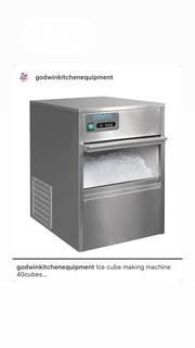 Ice Cubes Making Machine (32 Cubes) | Restaurant & Catering Equipment for sale in Lagos State, Ojo
