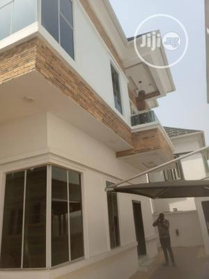 Clean & Spacious 4 Bedroom Detached Duplex At Ikota Villa Lekki Phase 2 For Rent.