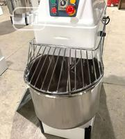Quality 8kg Spiral Mixer | Restaurant & Catering Equipment for sale in Lagos State, Ojo