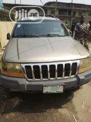 Jeep Cherokee 2002 Gold | Cars for sale in Lagos State, Agboyi/Ketu