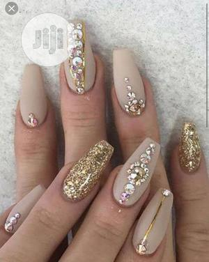 Nail Technicians And Makeup Artist Needed