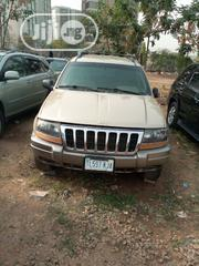 Jeep Cherokee 2004 Limited 3.7 Gold | Cars for sale in Abuja (FCT) State, Jabi